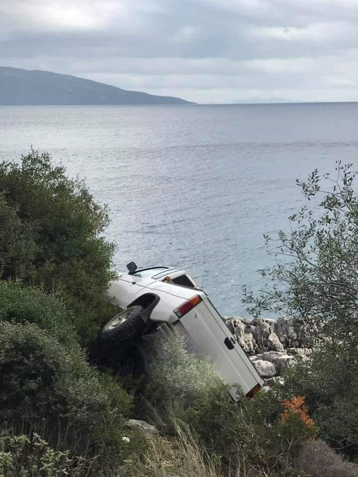 Παρ' ολίγο δυστύχημα στο δρόμο Καραβομύλου – Αγ. Ευφημίας.