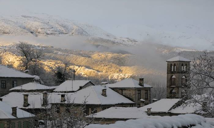 snowy-day-greece-zagori